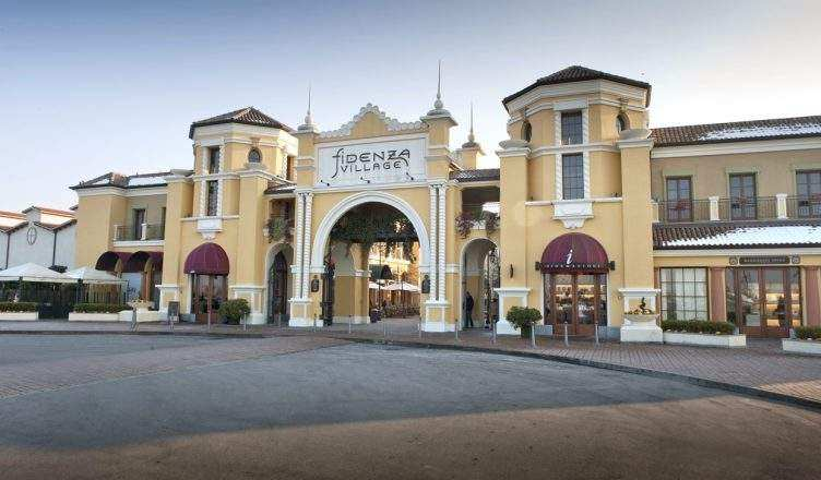 Shopping cheap fidenza village chic outlet shopping for Design outlet milano