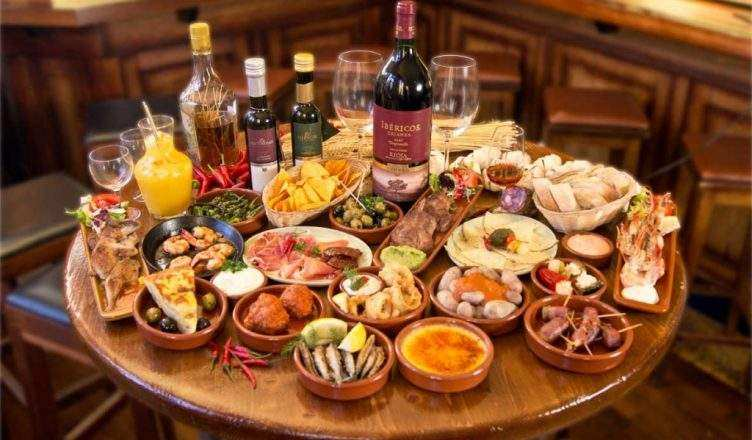 Top 17 local tapas for a spanish aperitif in milan for Bar 35 food drinks milano